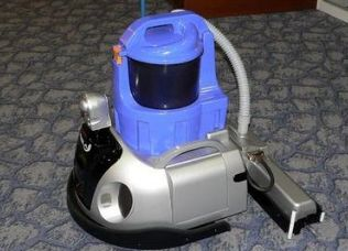 智能扫地机器人出口国外后被退运返修,怎么办?